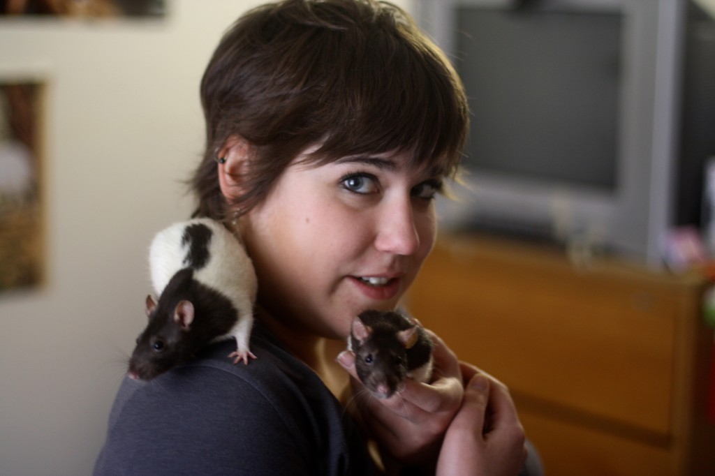 Lee Kucic with her two pet rats