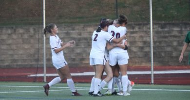 Men's Soccer Advance to the Sweet 16, while Women's Soccer Falls Just Short