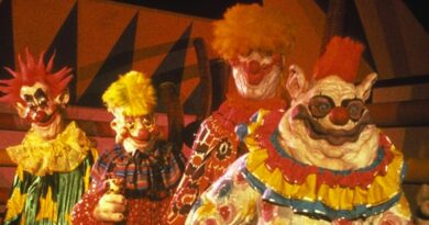 Spooky Season: Killer Klowns from Outer Space